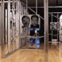 Interaction-forte, installation multimédia interactive, 240 x 480 x 500 cm, Maison de la culture Gatineau, 2001
