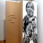 Abjection b, estampe numérique sur papier et sur acétate, 213 x 76 cm, Axe Néo7, 2003 – texte – Danièle Vallée : « Encore quelque temps et son épaule y pénètre, et son torse, et ses jambes. »